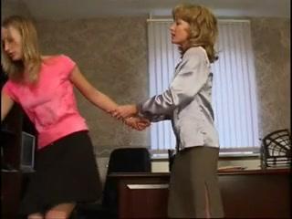 Порно кастинг  года с молодой блондинке в чулках