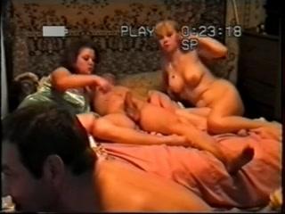 Русские пьяная женщина трахается со своим парнем